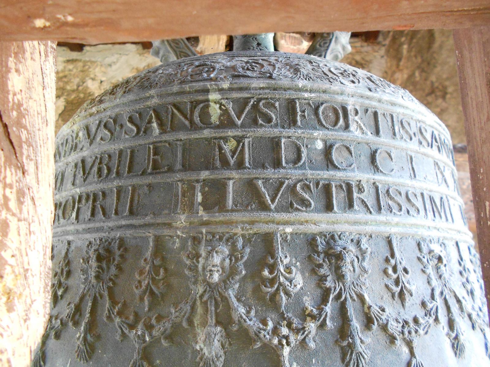 Chiesa di San Felice di Narco - campana - Castel San Felice