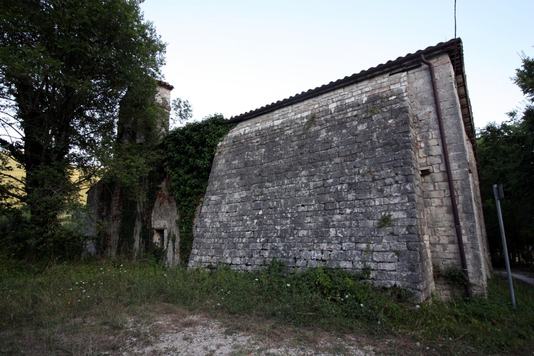 Chiesa di San Martino - esterno - Agelli