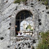 Edicola dello scoglio - nicchia della Madonna - Gavelli