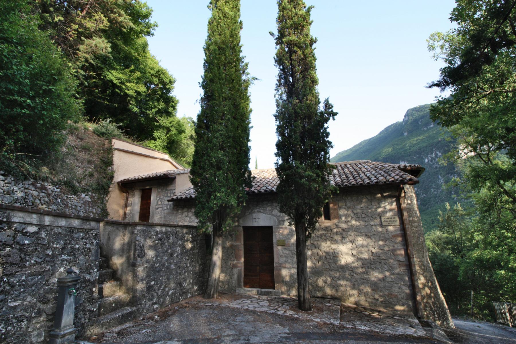 Chiesa di Santa Maria delle Grazie - esterno - Caso