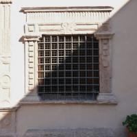 Chiesa di Santa Maria delle Grazie - finestra - Sant'Anatolia di Narco